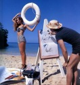 Jerry Hall sul set in Jamaica per English Vogue