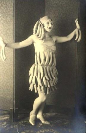 vintage-banana-costume.jpg?w=290&h=450