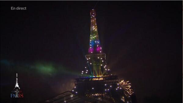 TourEiffel-LGBTQIA-gaymarriage-FrenchRevolution